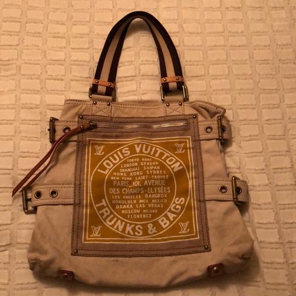 722178e19c03 Louis Vuitton Handbags - Real Louis Vuitton trunks and bags tote